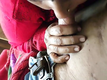 Tamil Maid Giving Sublime Erotic Blowjob Sex To Young